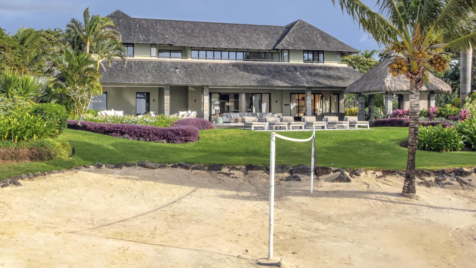 Four seasons resort mauritius at anahita unveils royal residence